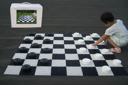 This is the product image for Small Giant Chess/Draughts Board. Detail: GARDEN. Product ID: GBCS.