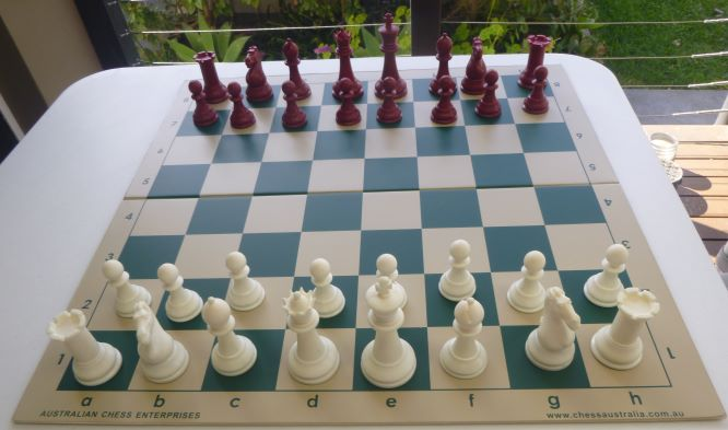This is the product image for Chess pieces Red 1250g. Detail: PLASTIC. Product ID: PCP1R.